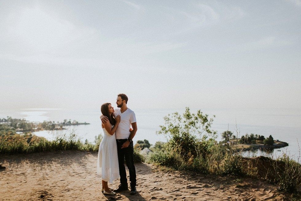 scarborough bluffs engagement session (5)