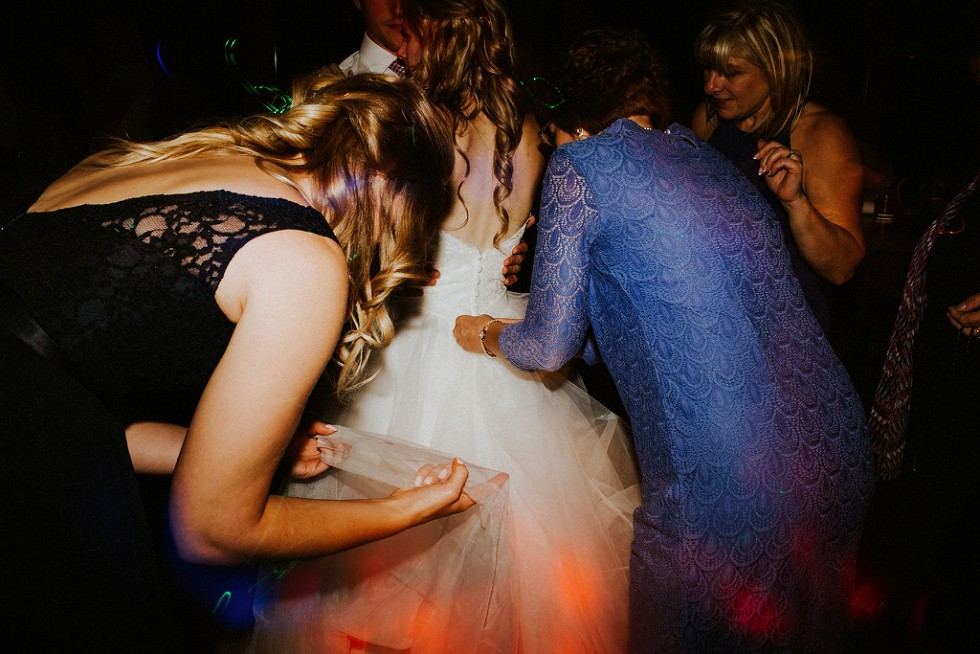 creative wedding photographer kitchener (6)